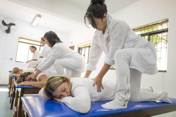 Curso de Massagista em SP Preço no Tatuapé - Curso de Massagista