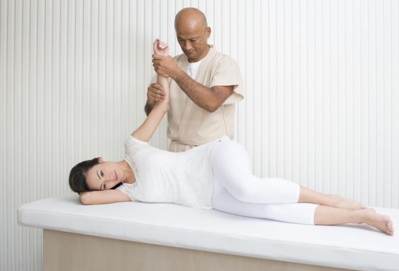 Especialização em Massagem Terapêutica Preço na Vila Andrade - Pós Graduação em Massagens