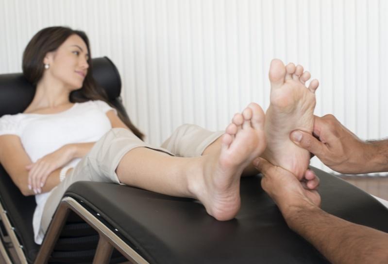 Pós Graduação em Massagem Reflexologia Preço na Pedreira - Pós Graduação em Massagens com Aromaterapia