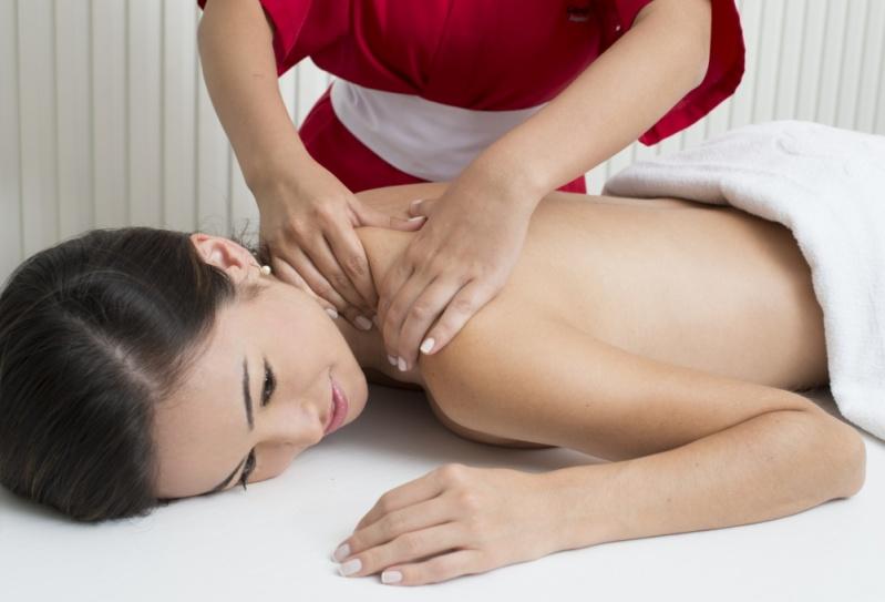 Pós Graduação em Massagens com Aromaterapia no Ipiranga - Pós Graduação em Massagens Clássicas