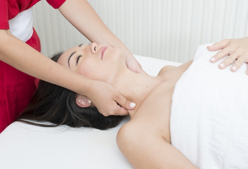 Pós Graduação em Massagens Ocidentais em São Caetano do Sul - Pós Graduação em Massagens com Aromaterapia